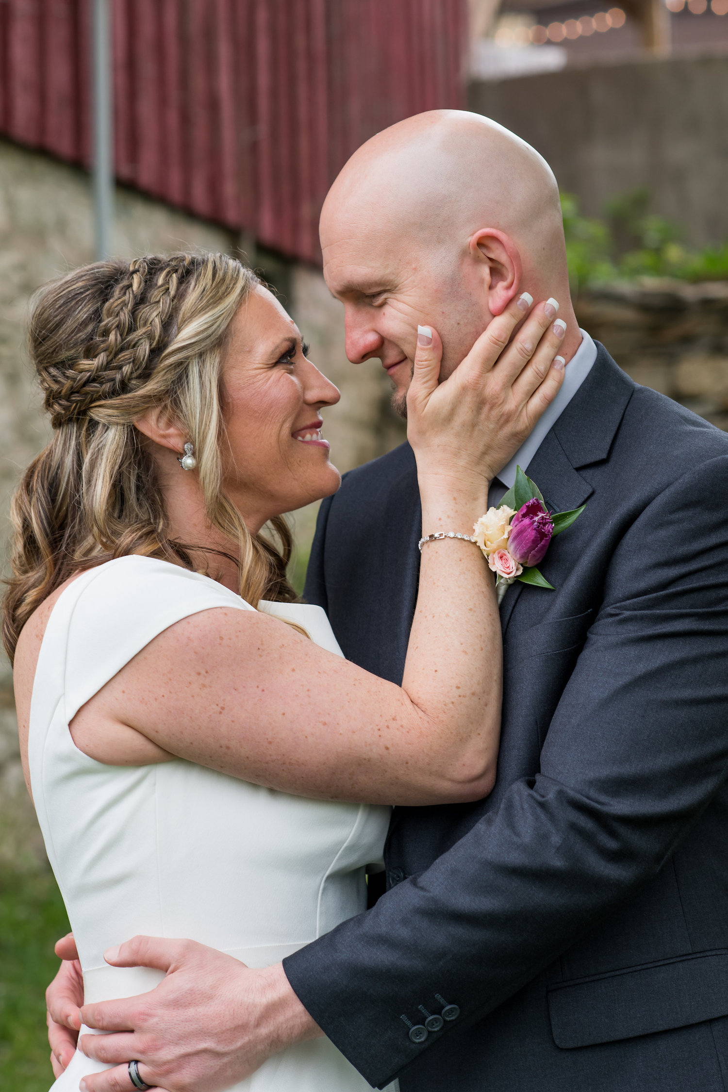 Sarah and Mark | Hope Glen Farm | Kelly Birch Photo | Sixpence Events & Planning wedding planning in Minnesota40.jpg