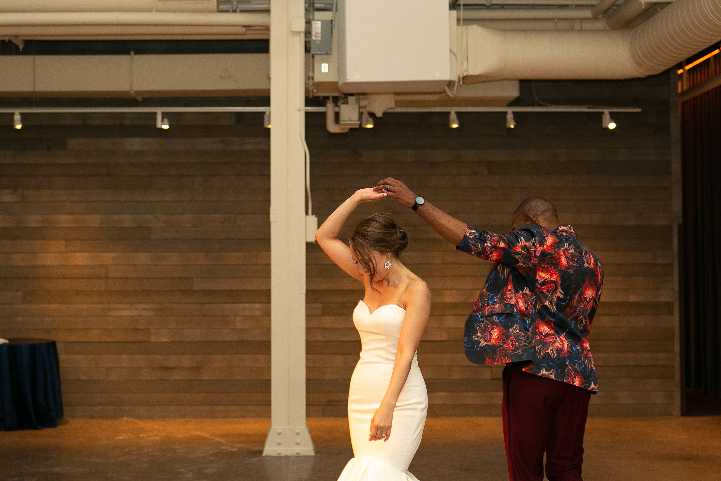 first dance twirl | Alice HQ Photography | Machine Shop Minneapolis | Sixpence Events and Planning wedding planner.JPG