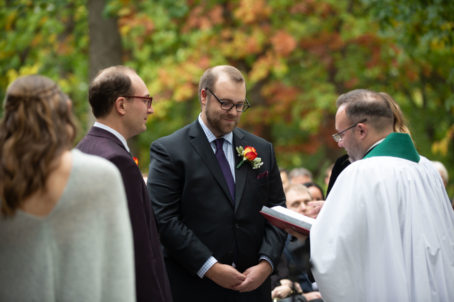 Amy Wurdock Photography Ned Loves Ryan | SIxpence Events Day of Coordinating at Silverwood park | grooms at the altar