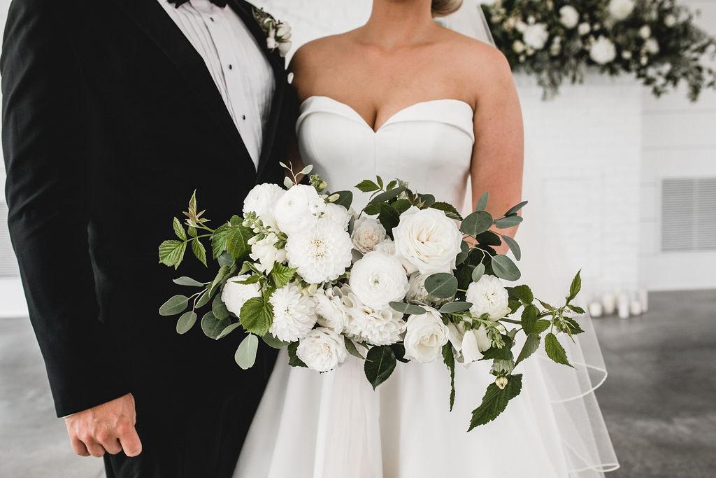 Kelly and Matt | Hutton House | Aqua Fox Photography | Sixpence Events and Planning Minnesota Wedding Planner60.jpg