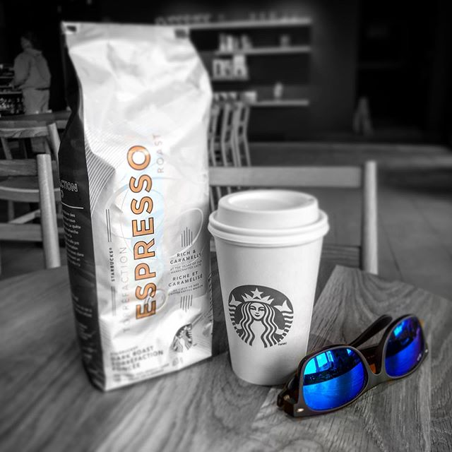 First visit to the new @starbucks #cafeamericano #expressobeans #coffee #starbucks #Saturday #drinkcoffee #freewifi #regulars