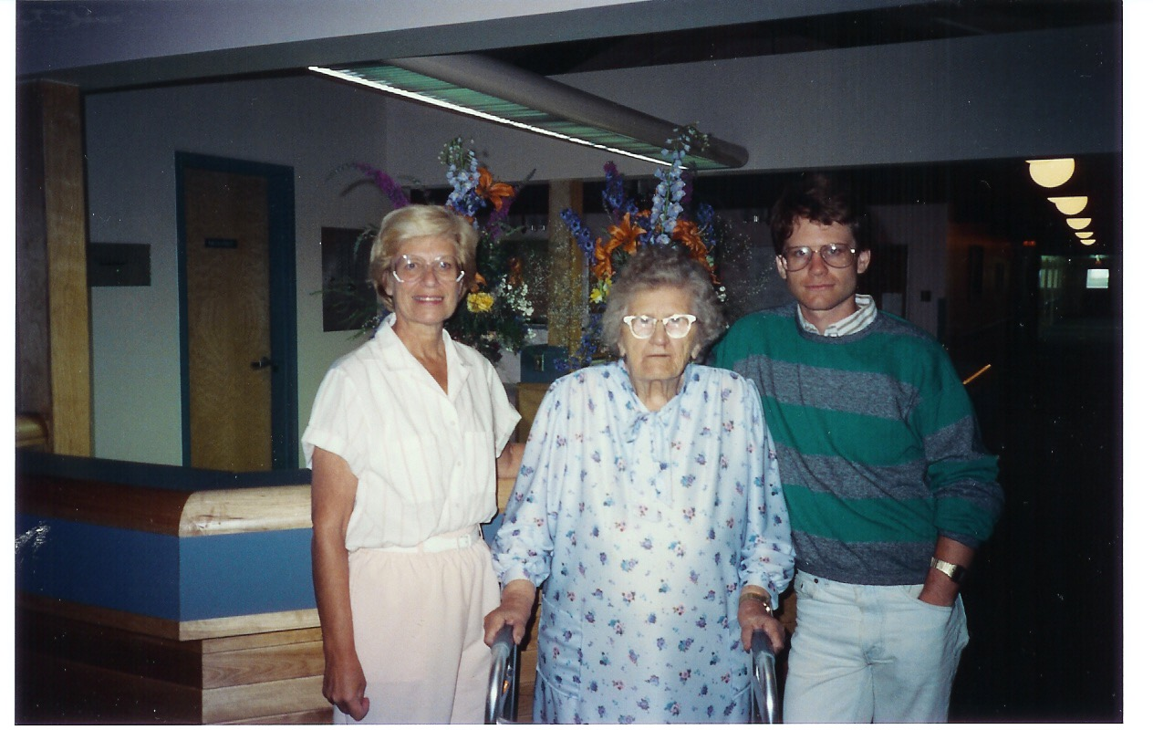 With Mom and Grandma Young in Carlyle, not long before she passed away.