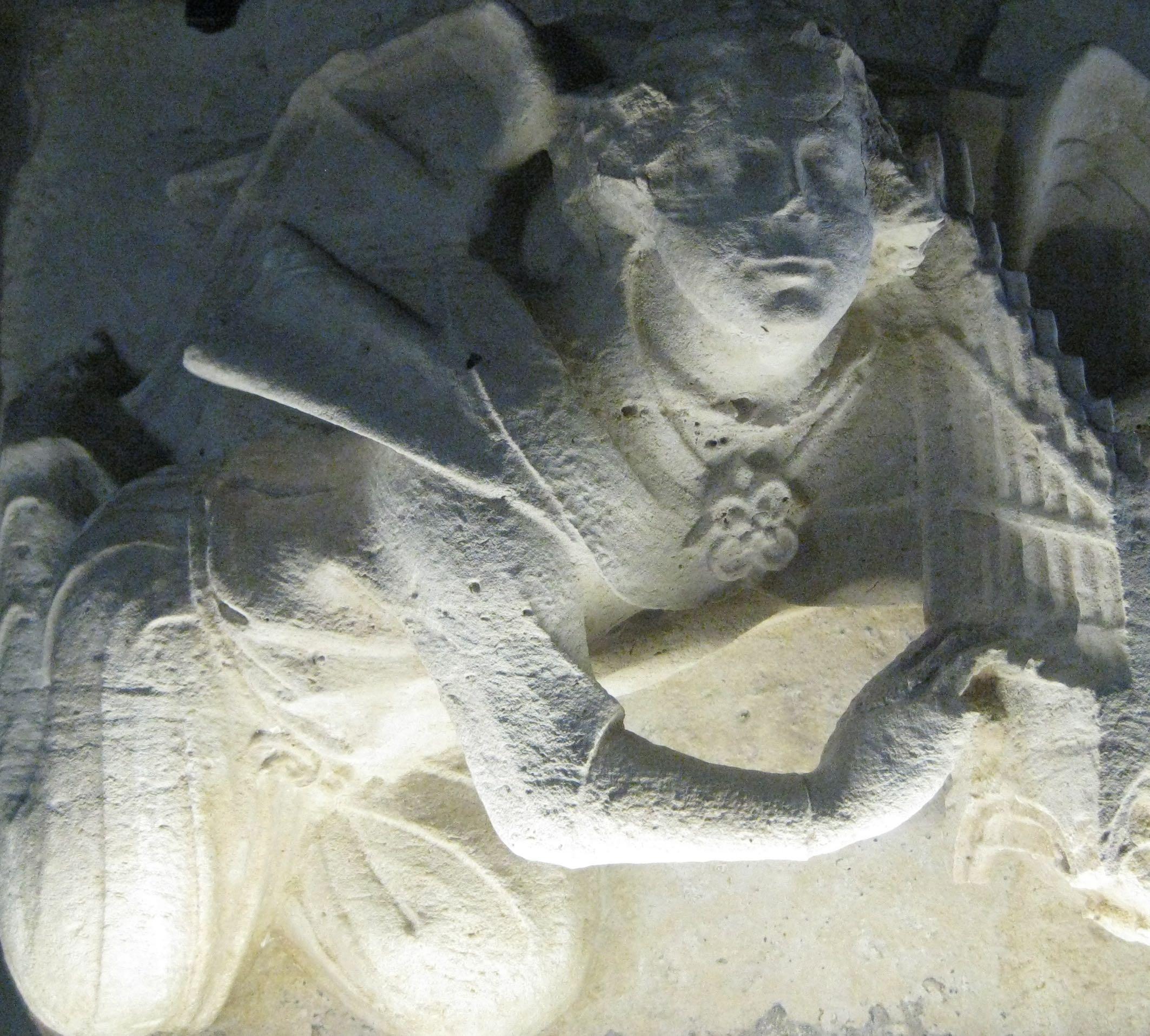 Angel with musical instrument (Château de Vincennes)