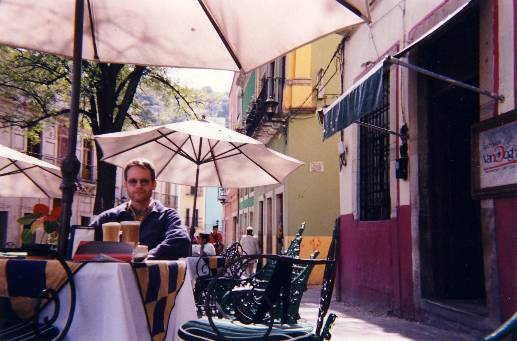 guan cafe outside rc.jpg