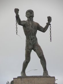 Bussa_statue-1.png
