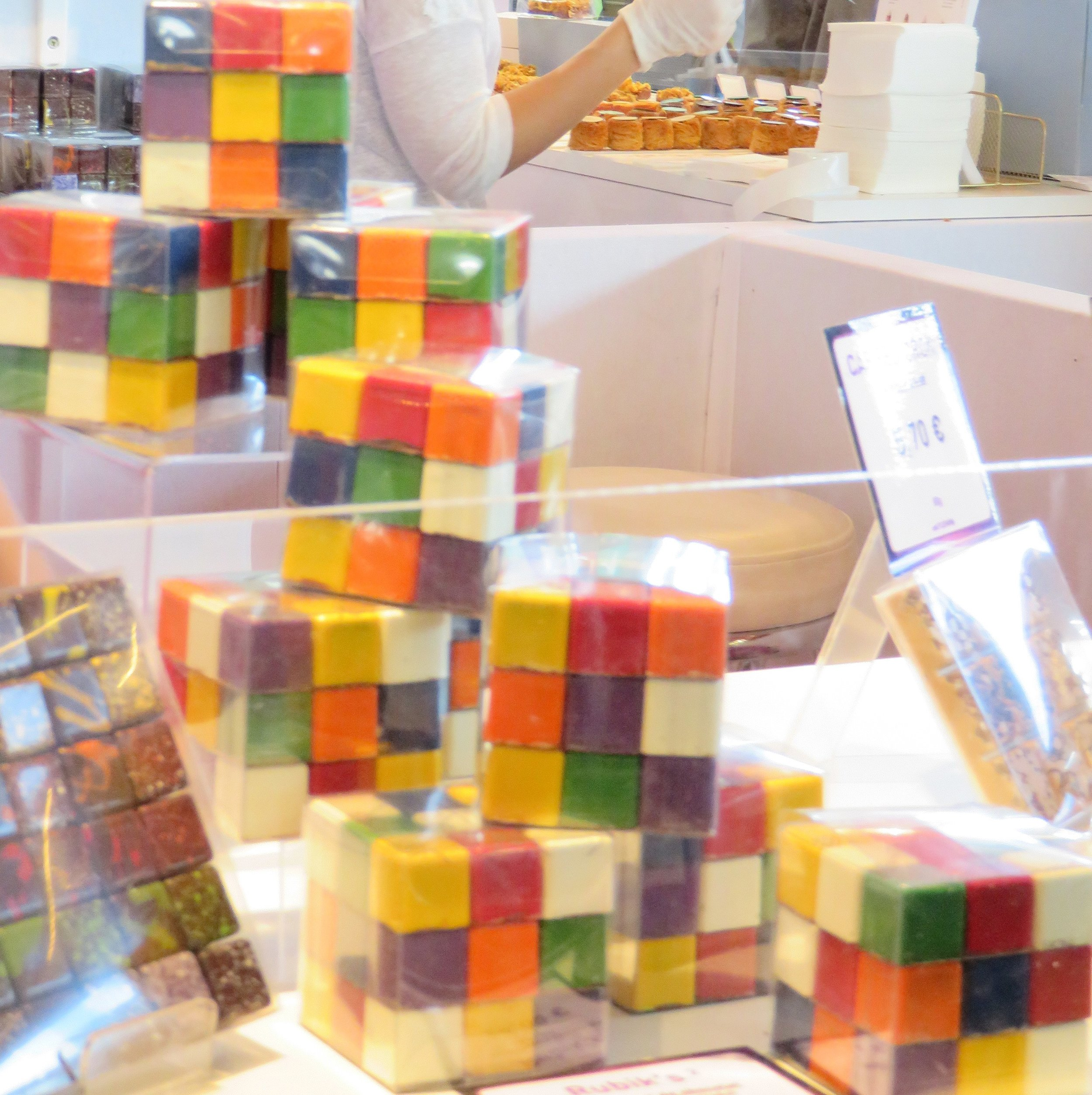 Rubik's Cube en chocolat au Salon du Chocolat 2017 - Parc des Expositions - Porte de Versailles. Photo by Sukkoria, Wikimedia Commons (cropped by RYC)