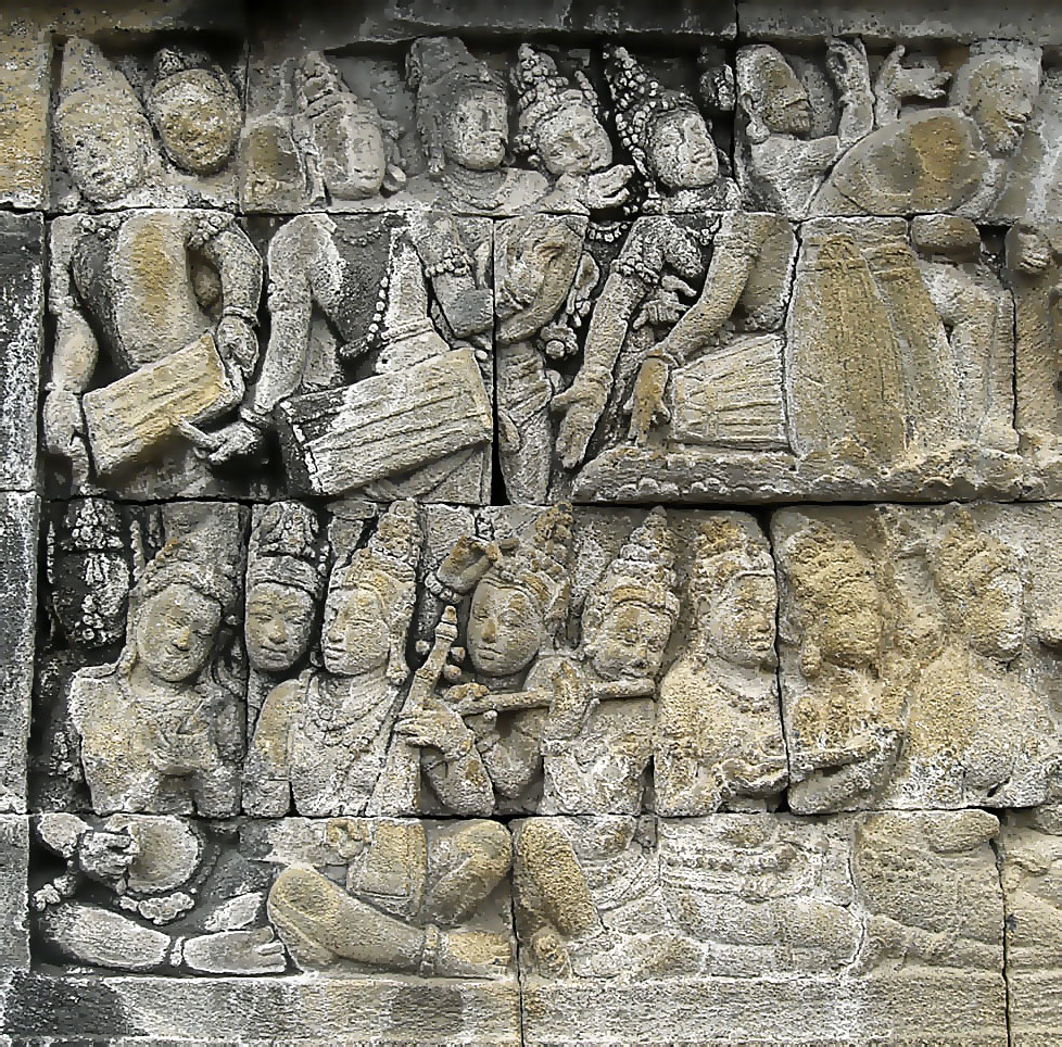 Borobudur relief showing musicians, photo by Gunawan Kartapranata (Wikimedia Commons)
