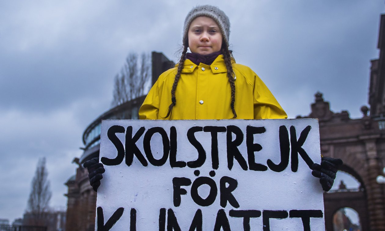 From a google search, from  https://www.eurotopics.net/en/211145/greta-thunberg-s-controversial-protest