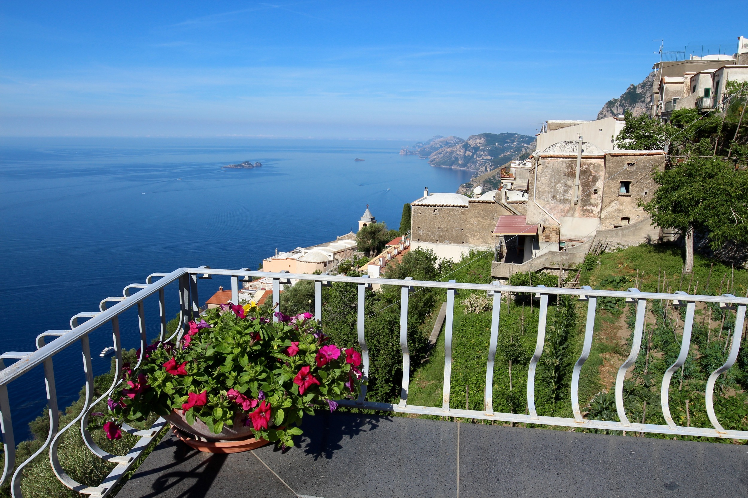 Overlooking the Salerno Gulf (Nocelle)