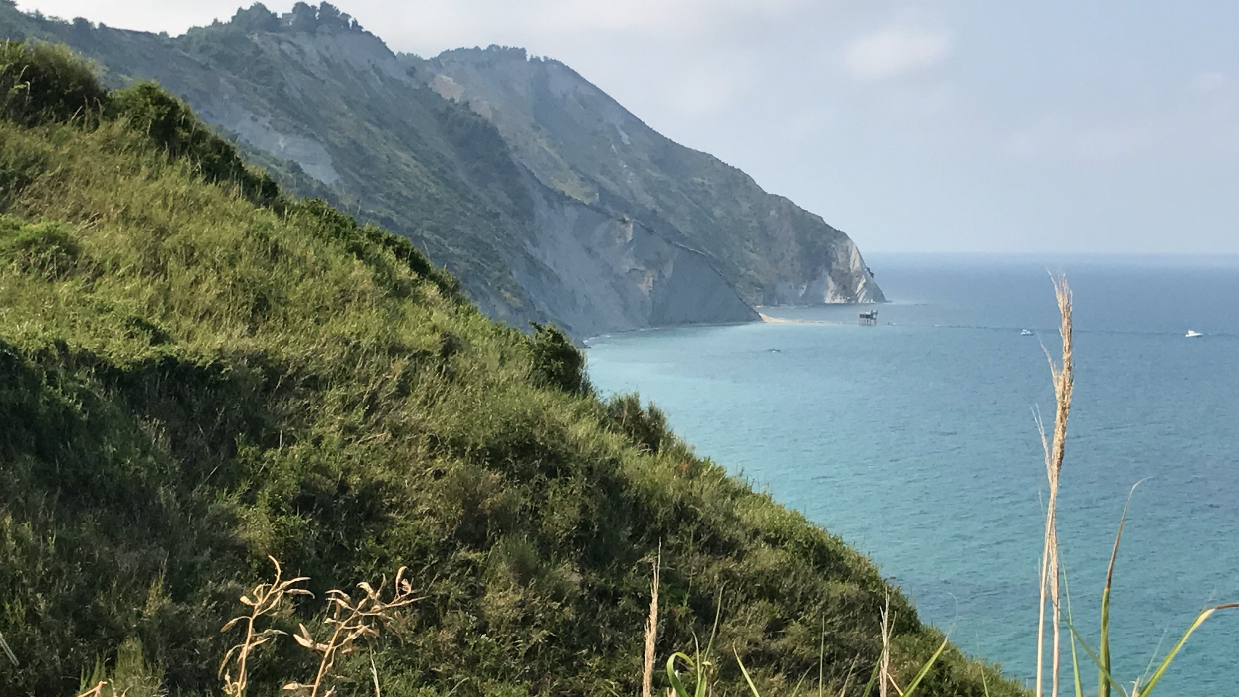 Central Italy - Rolling Greens, Vivid Reds & Deep Blues