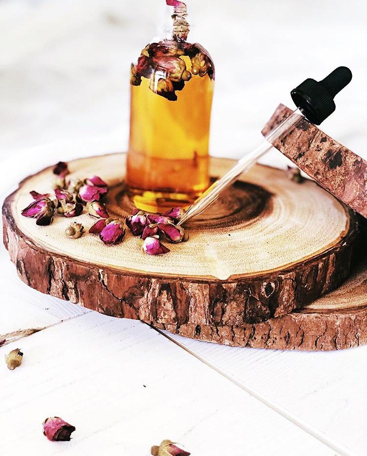 Love+wellness+oils.PNG