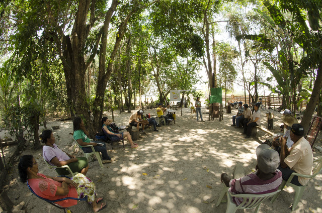 Community organisation for seed production at the Manah Settlement - Photo_ Tui Anandi .jpg