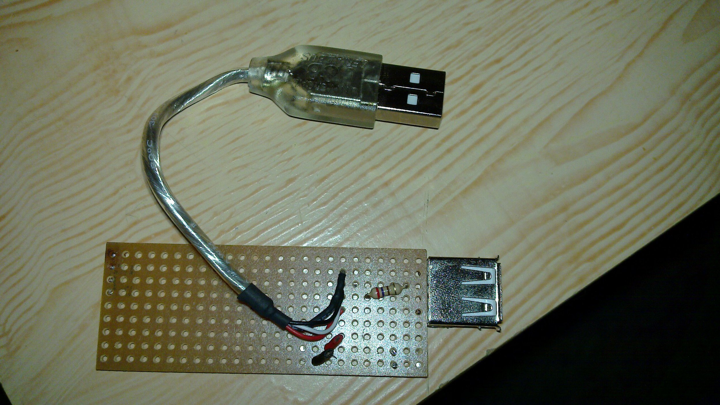 usb cable with d+ d- joined with resistor