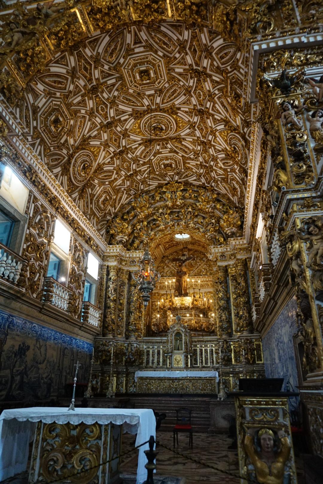 Full of Gold inside of Saint Francisco's Church