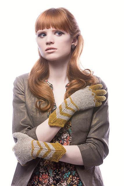 Gothic-Gloves_medium2.jpg