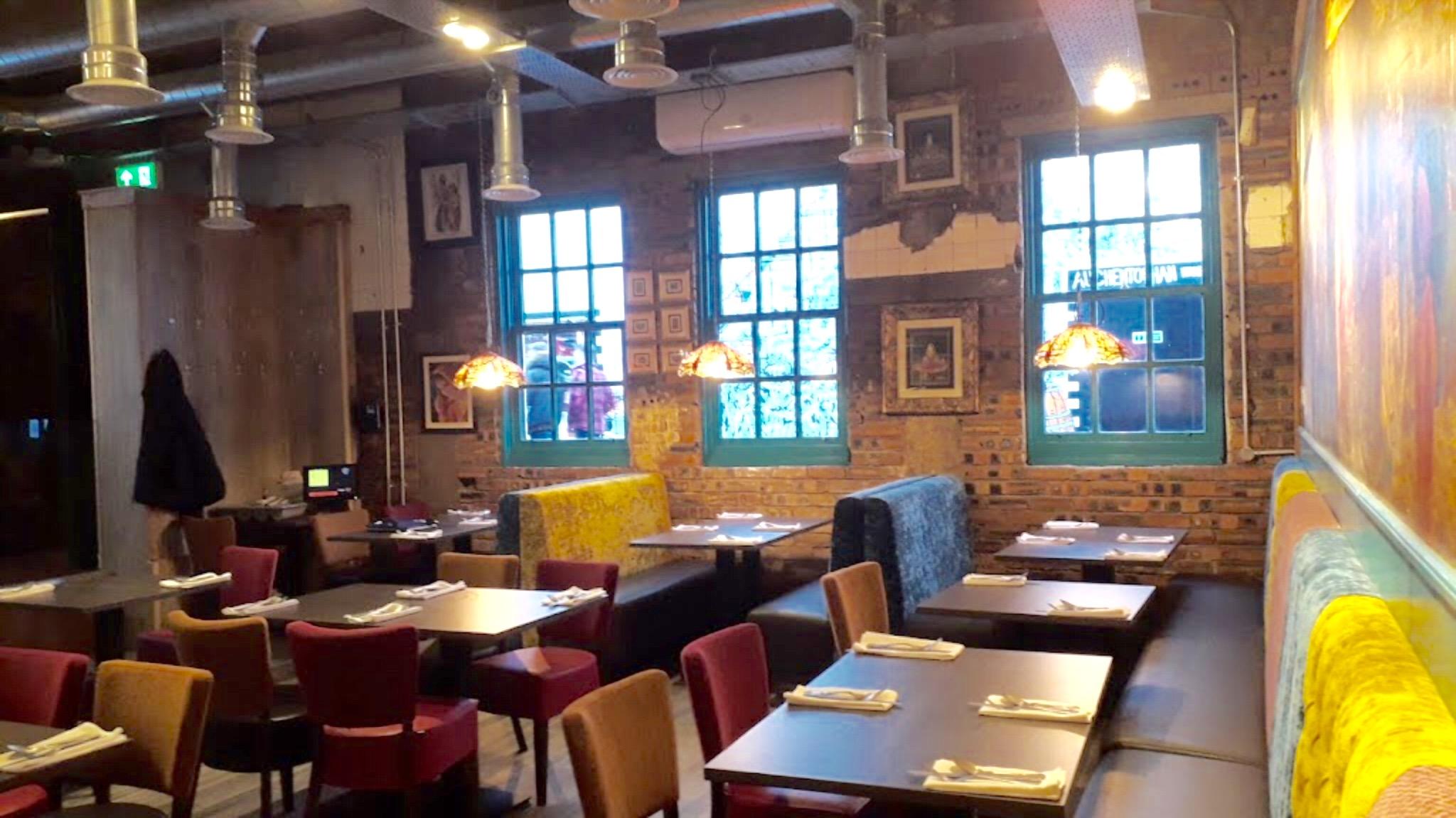 restaurant-tables-ashoka.jpeg
