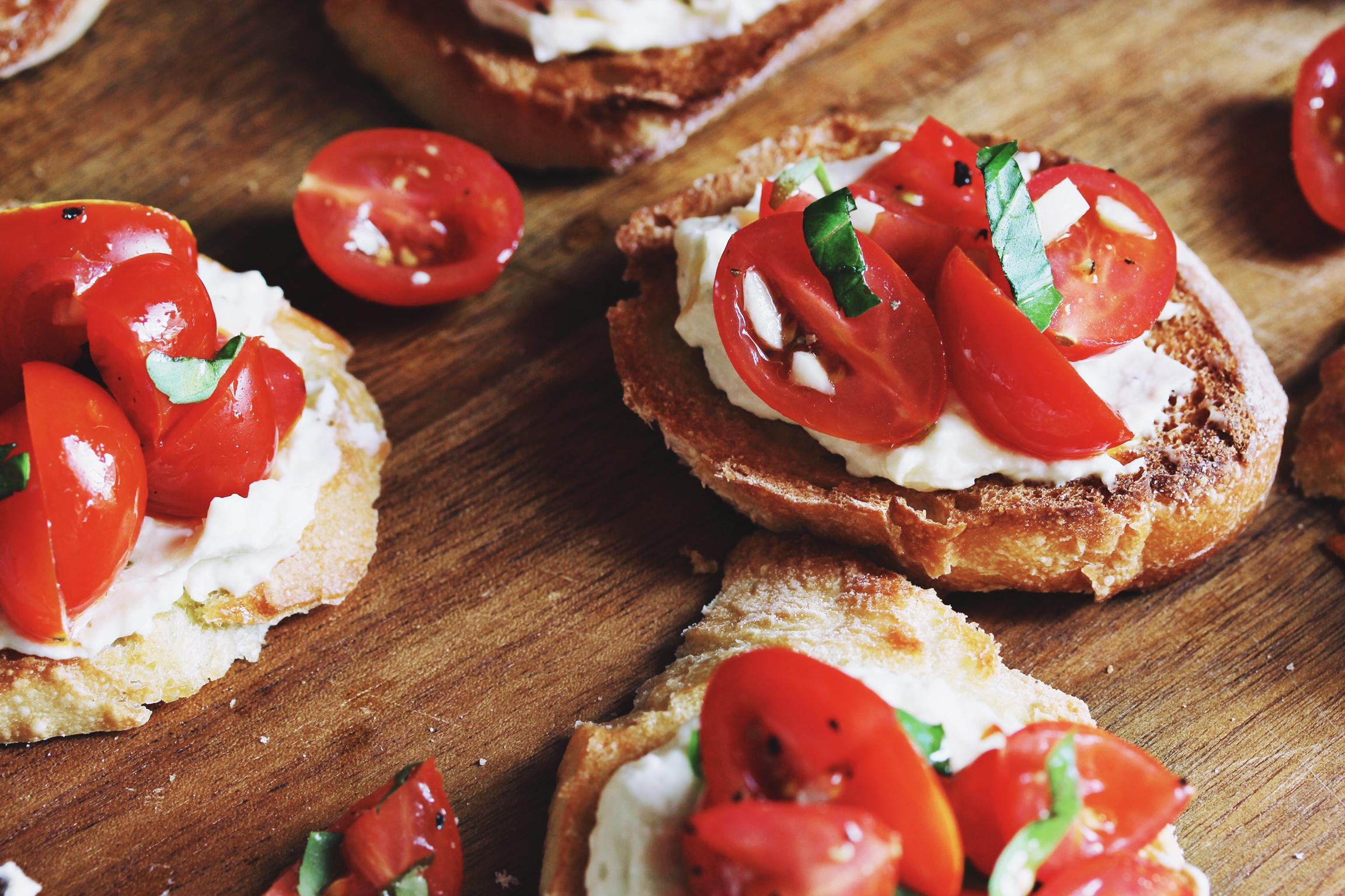 Tomato and creamed feta crostini - The Pastiche