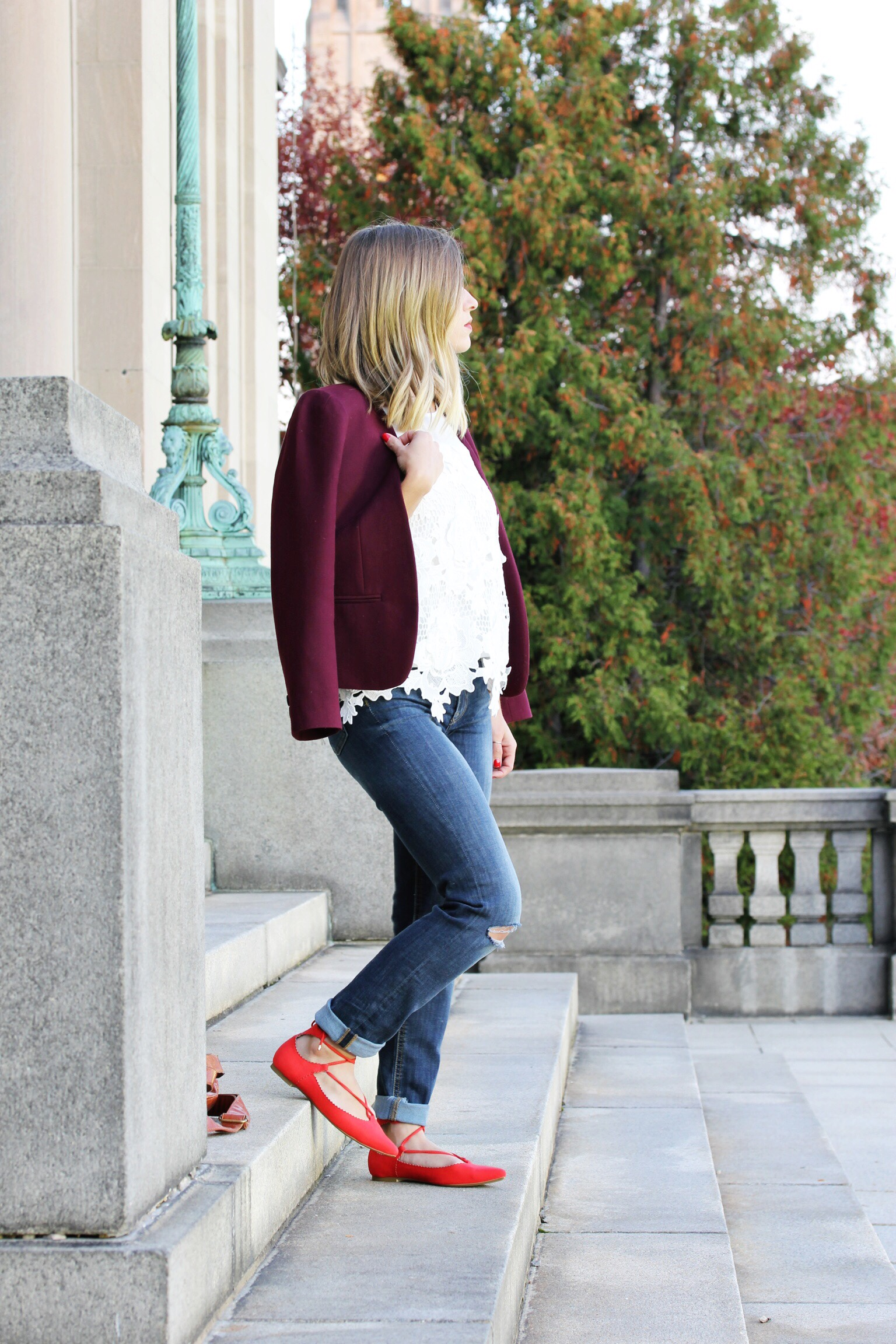 Lace and lace ups - The Pastiche