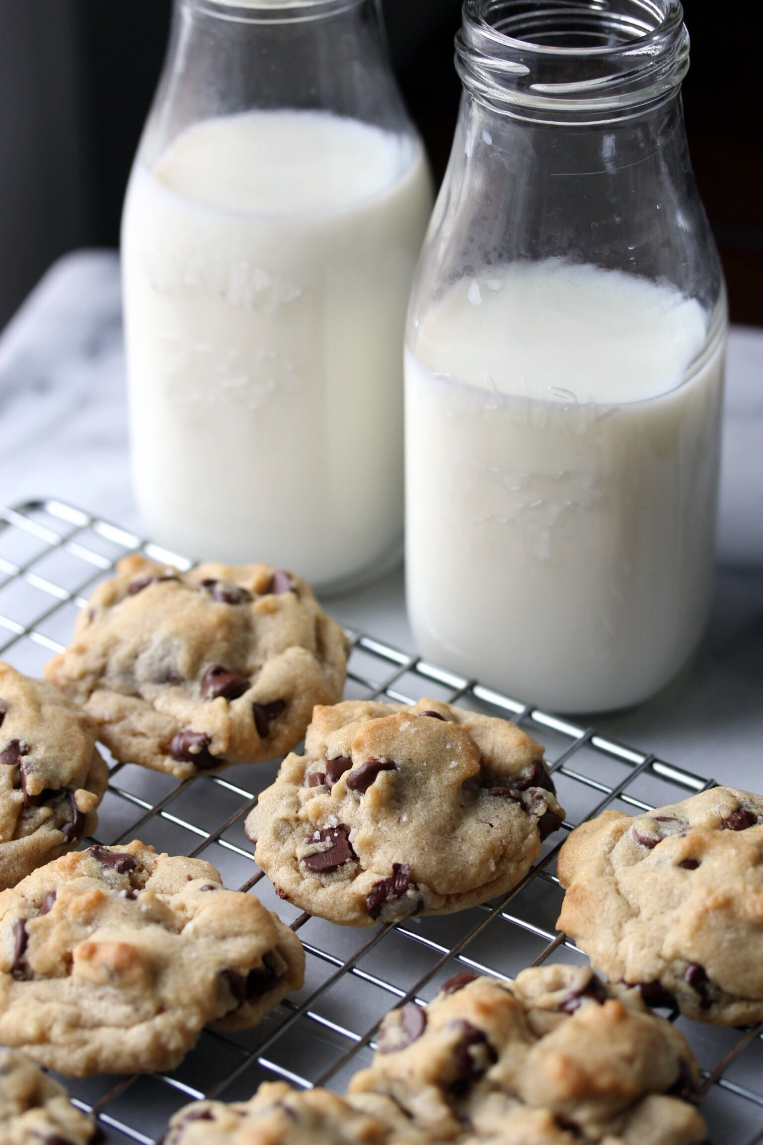 Chocolate chip cookies with flaky sea salt - The Pastiche