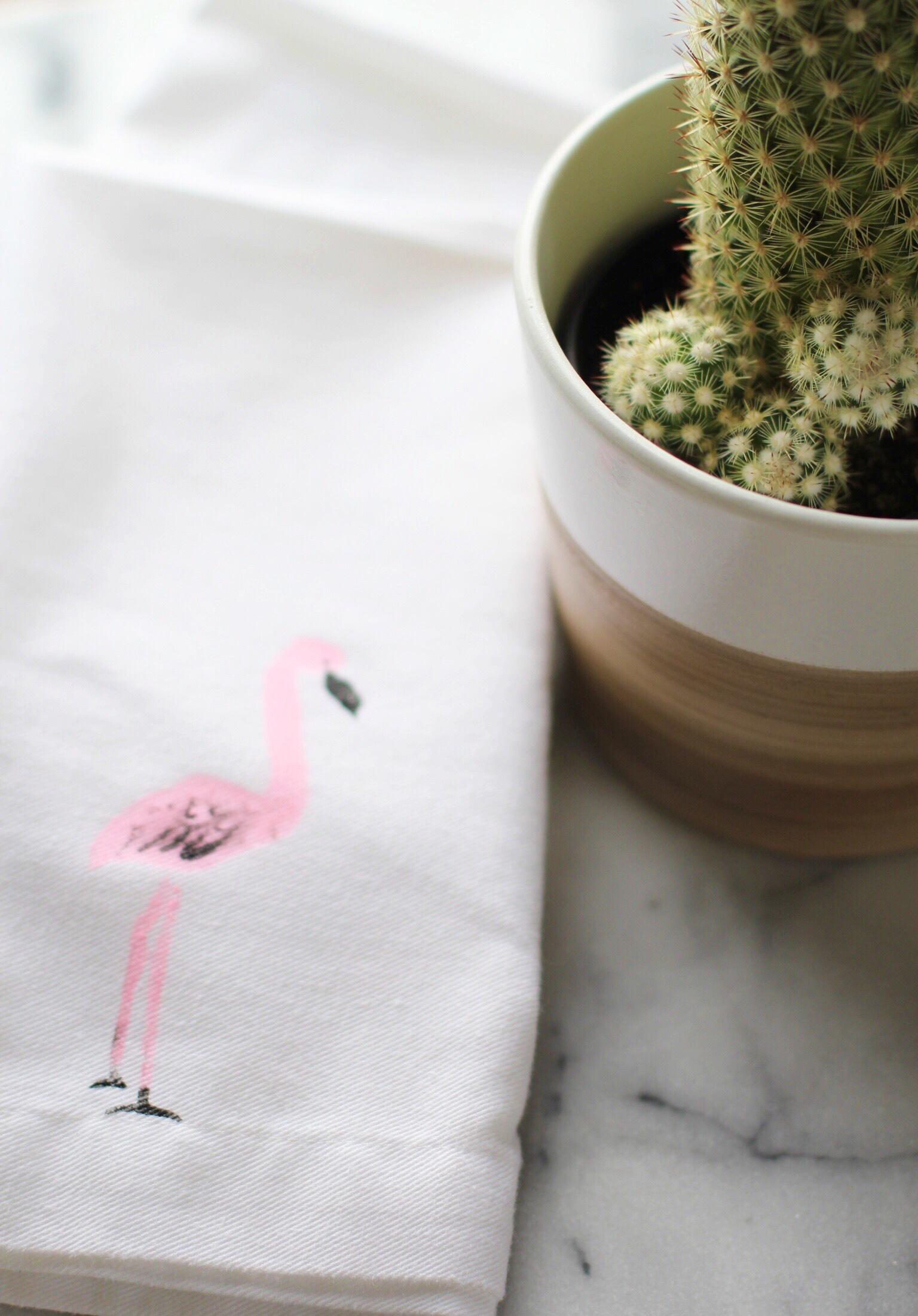 DIY flamingo stenciled napkins - The Pastiche