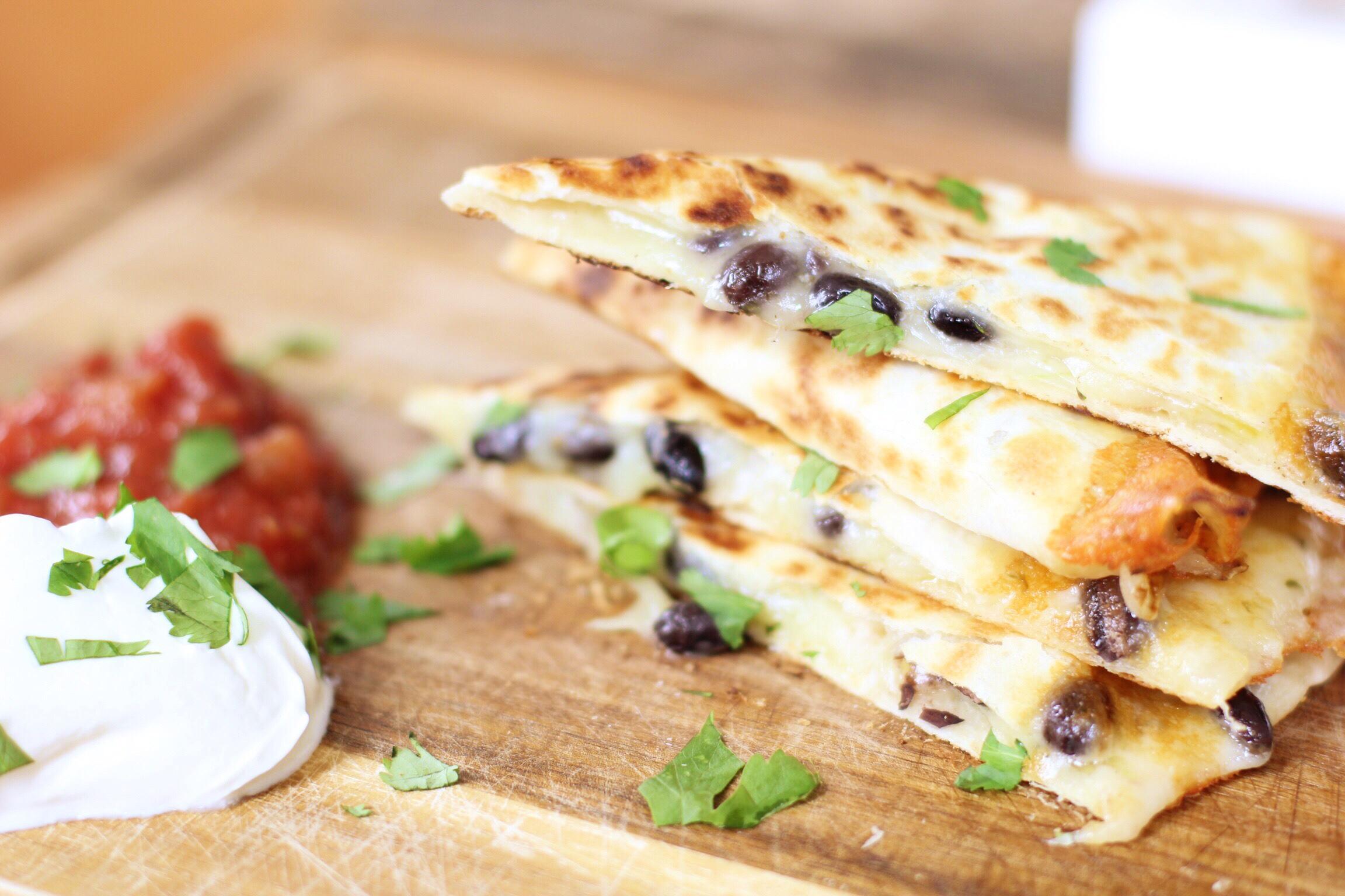 Crispy-cheese quesadilla - The Pastiche
