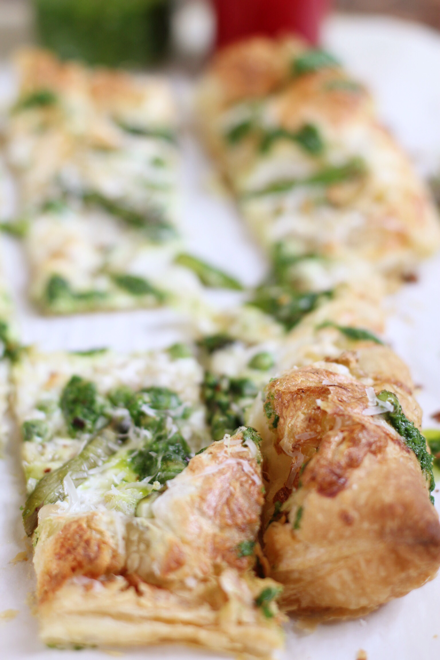 Puff pastry pizza with spring asparagus and peas - The Pastiche