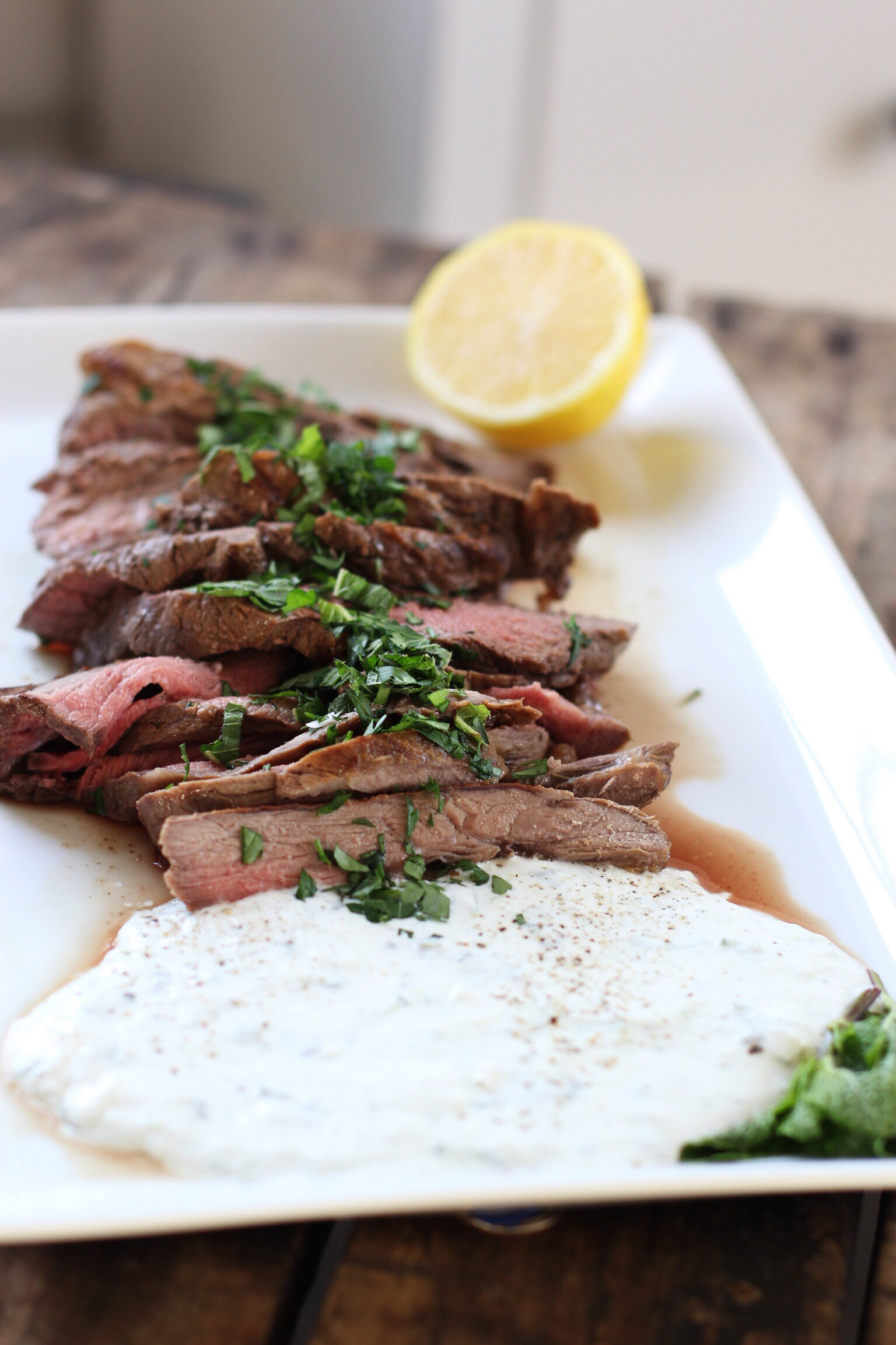 Grilled leg of lamb with cool mint yogurt sauce - The Pastiche