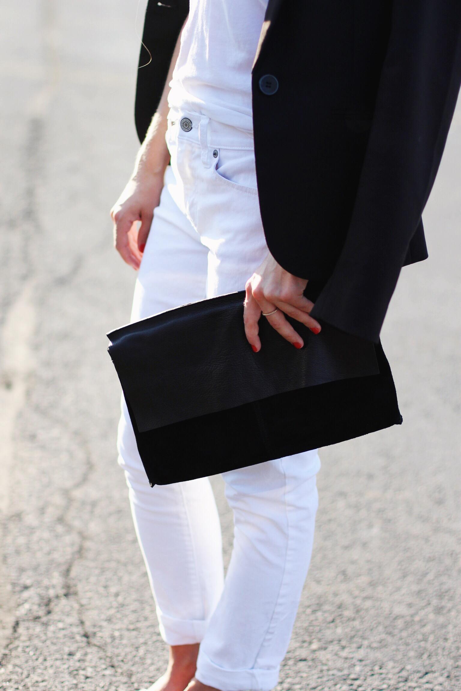Black on white - The Pastiche