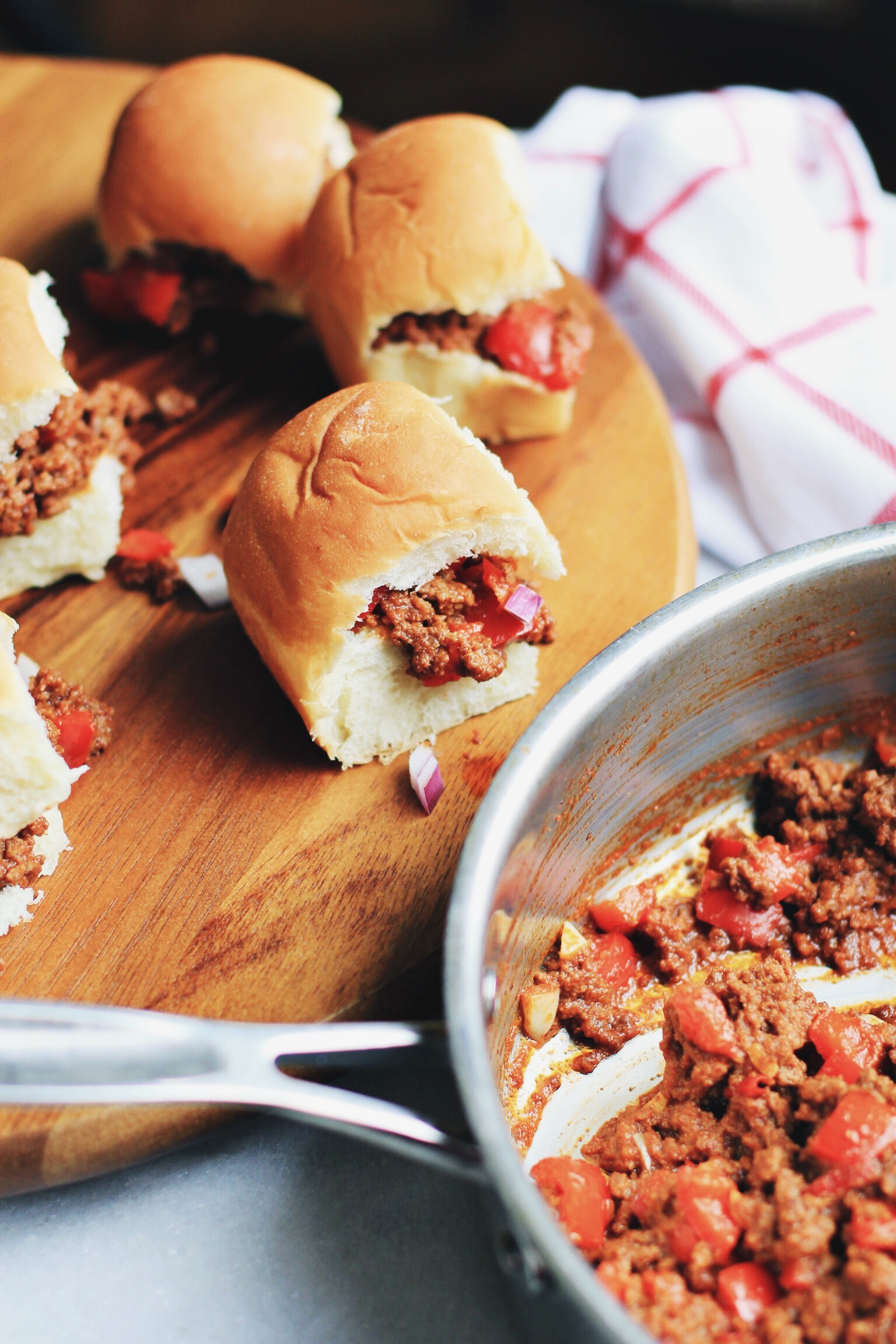 Sloppy Joe Sliders - The Pastiche