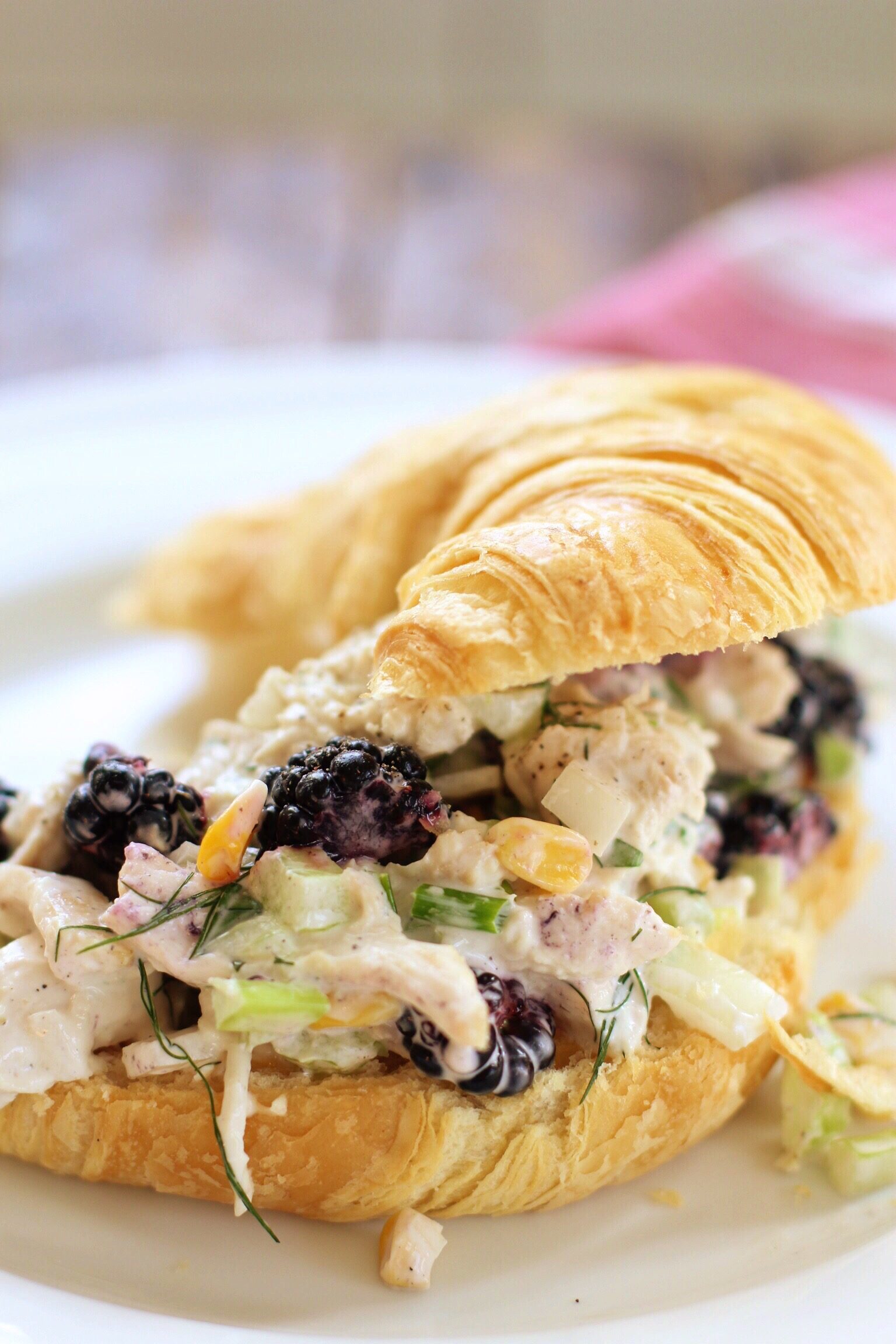 Chicken salad with blackberries and corn