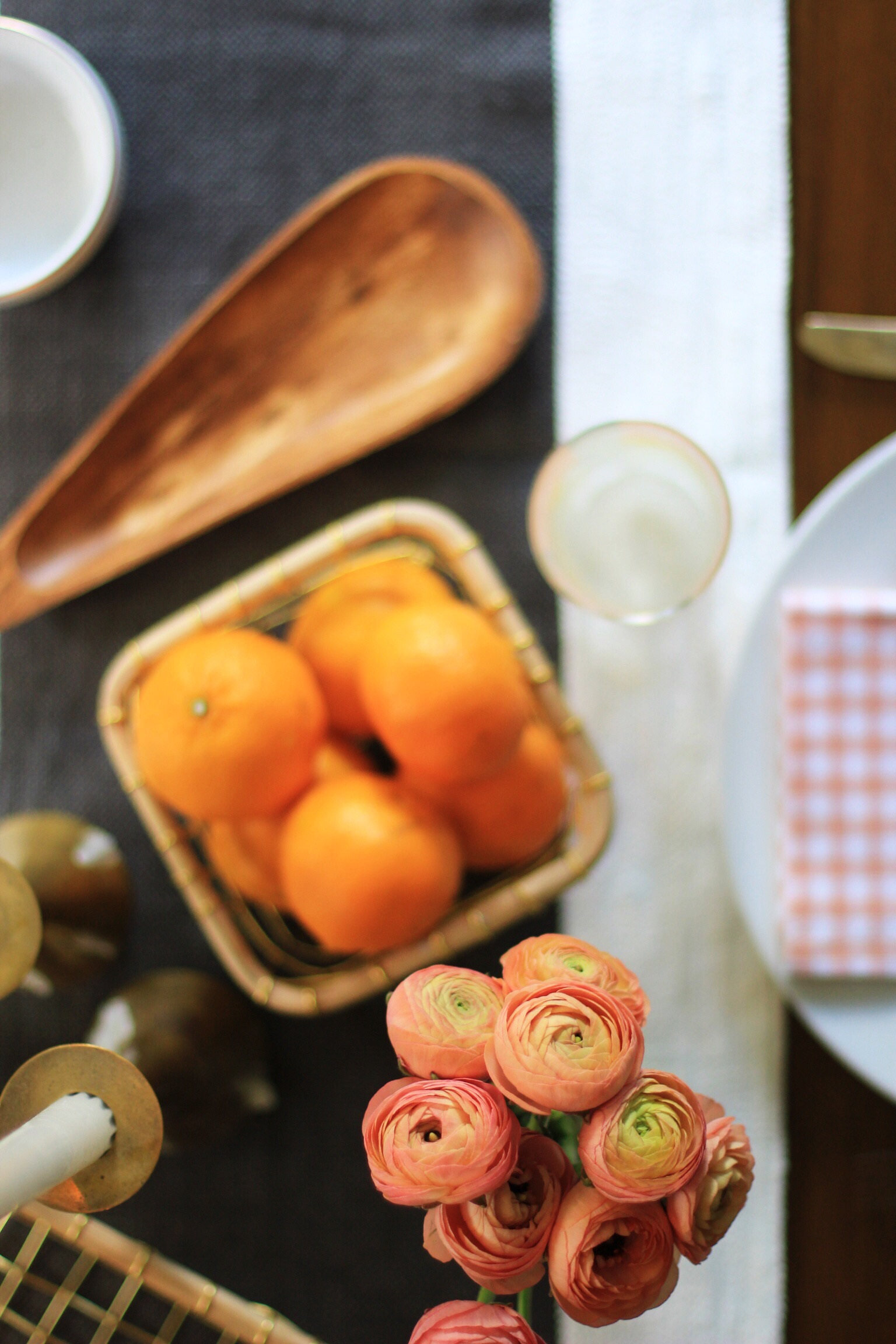 Tablescape with clementines