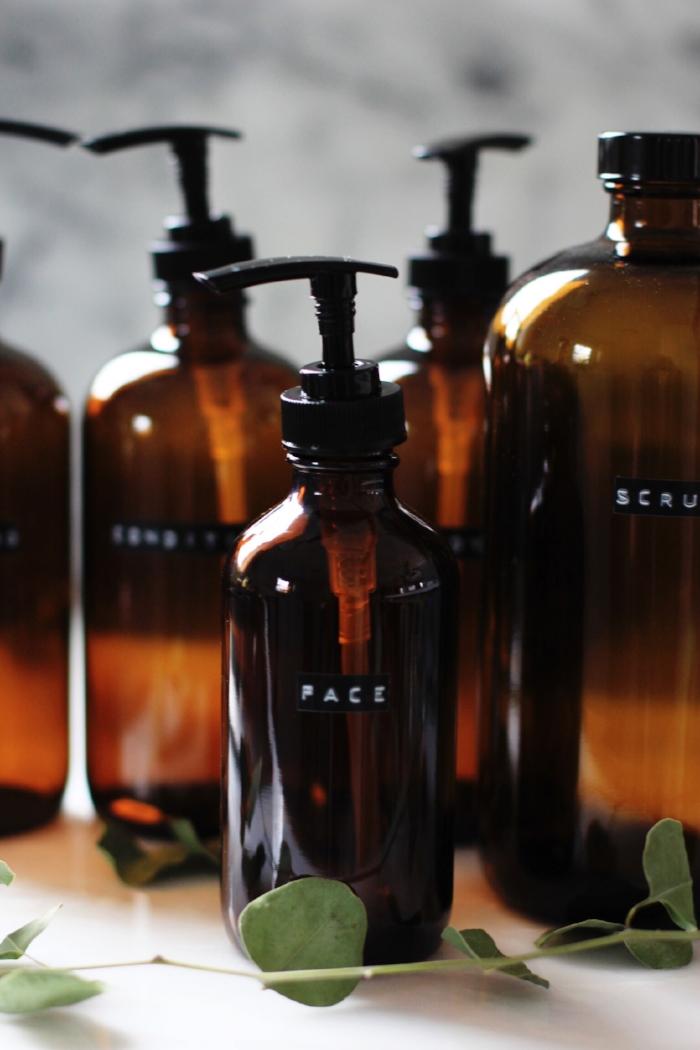Amber shower bottle DIY