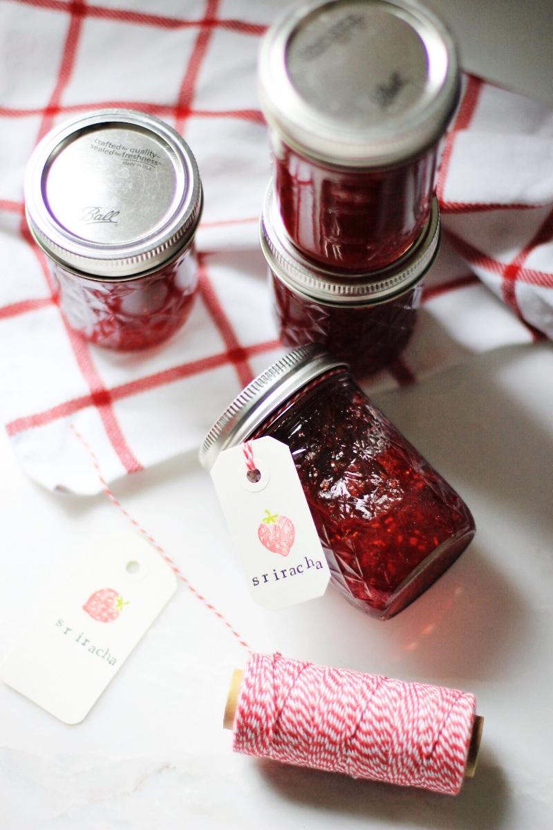Homemade jam as gift DIY