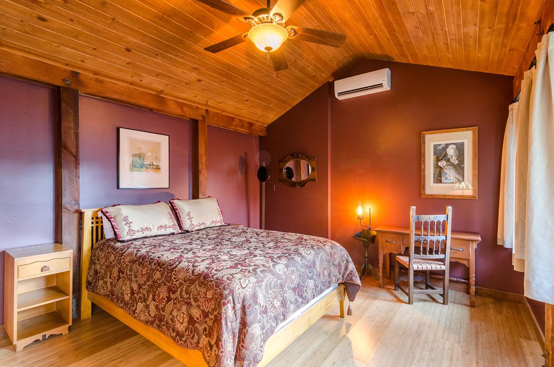 Sequoia Bedroom Downstairs