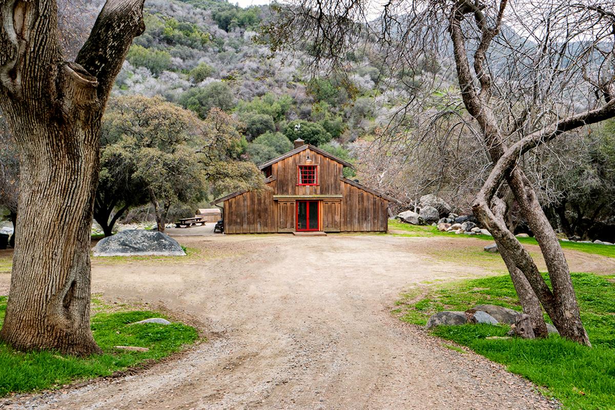 Redwood-Ranch-Three-Rivers-04.jpg