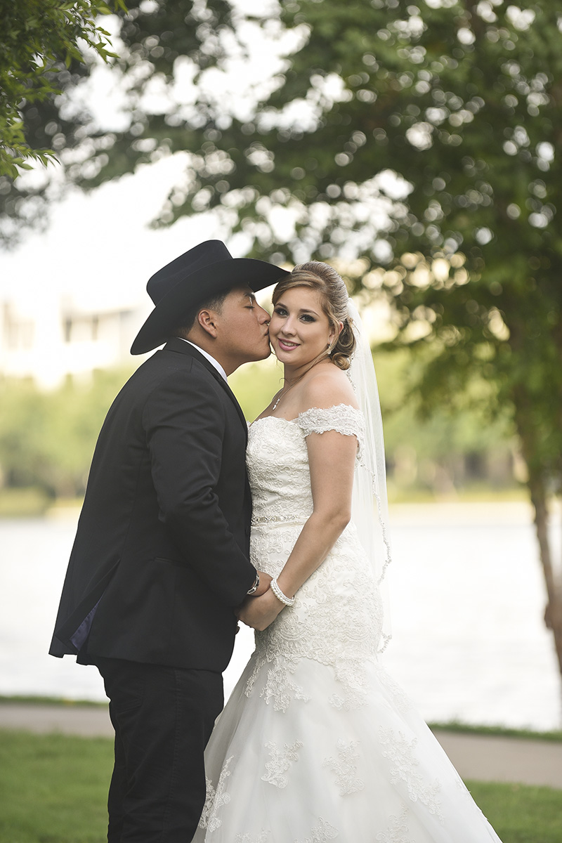 Sugar Land Wedding romance 1