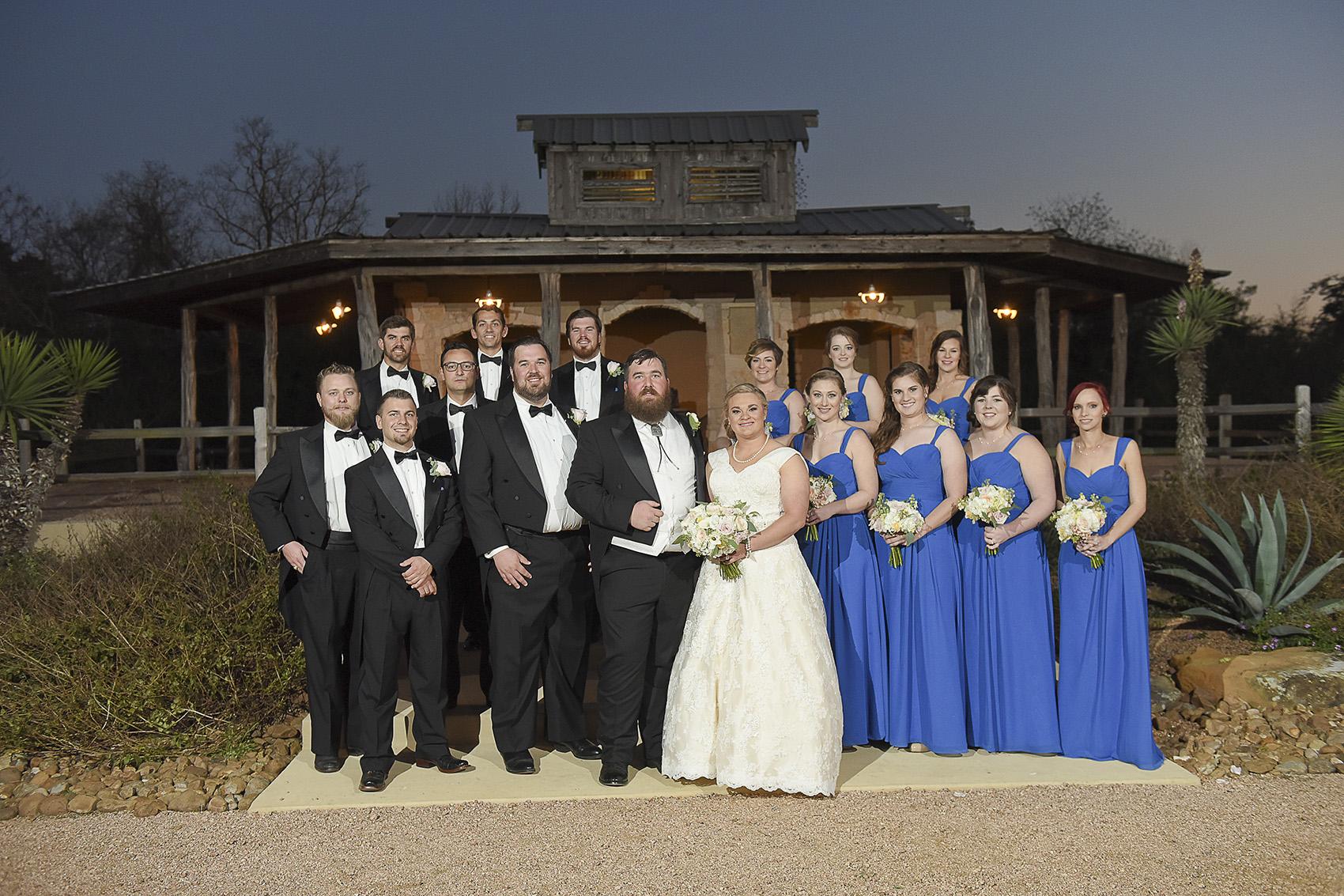 tomball-wedding-venue-moffitt-oaks-bridal-party-formal-photo-cantina-rustic-evening