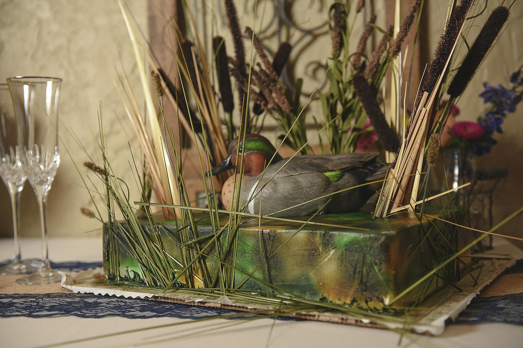 houston-wedding-details-moffitt-oaks-duck-cake-photo