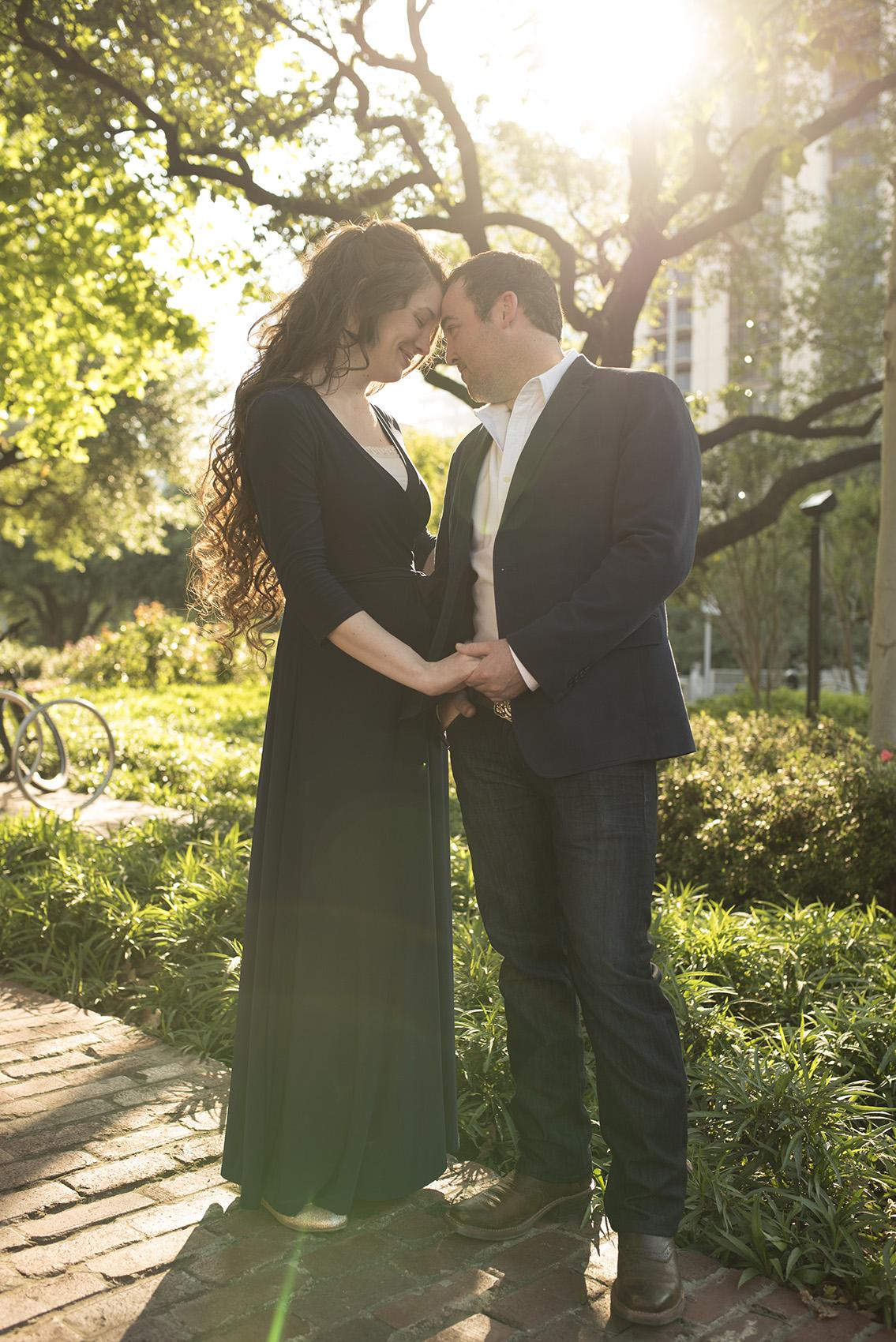 Houston downtown modern classy romantic engagement photographer Kate_Lawrence_028sm.jpg