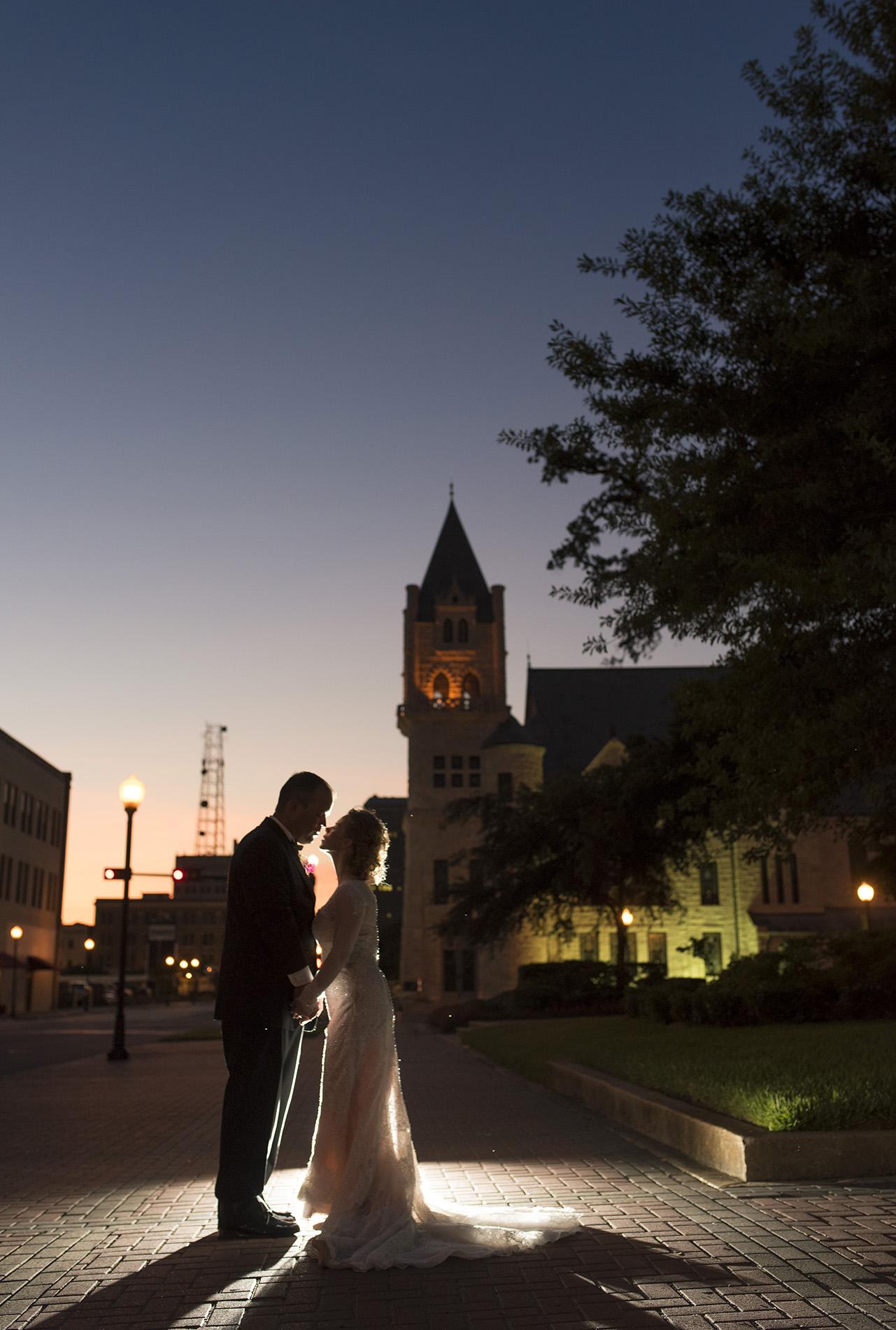 Beaumont-Texas-Houston-Fine-art-Classy-Wedding-Photography-2