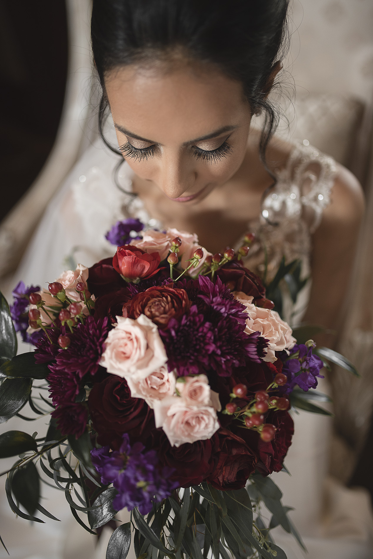 Houston-venue-Olde-Dobbin-Station-Romantic-Classic-Wedding-Photographer-017.jpg