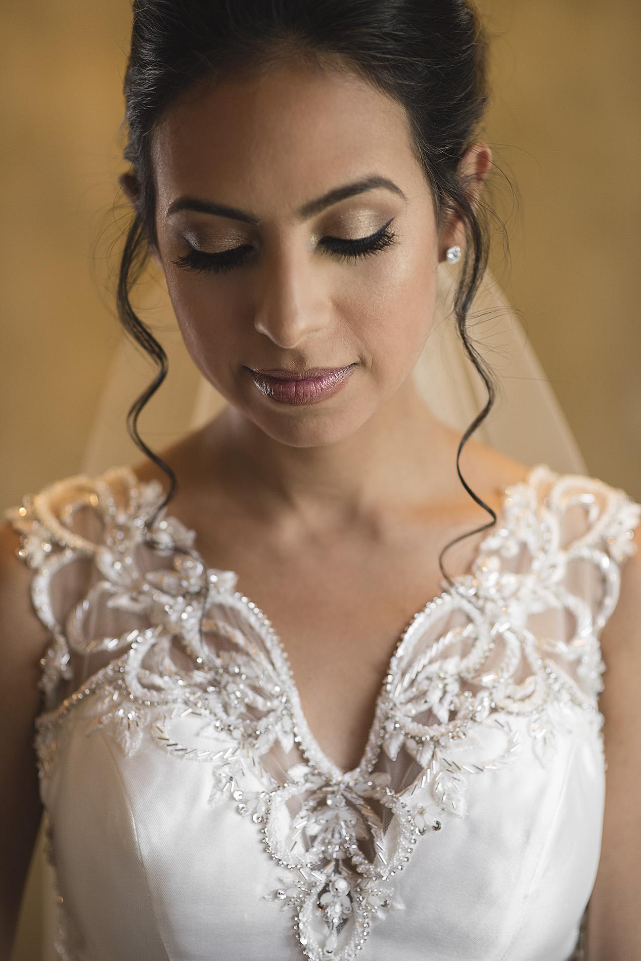 Houston-venue-Olde-Dobbin-Station-Romantic-Classic-Wedding-Photographer-024.jpg