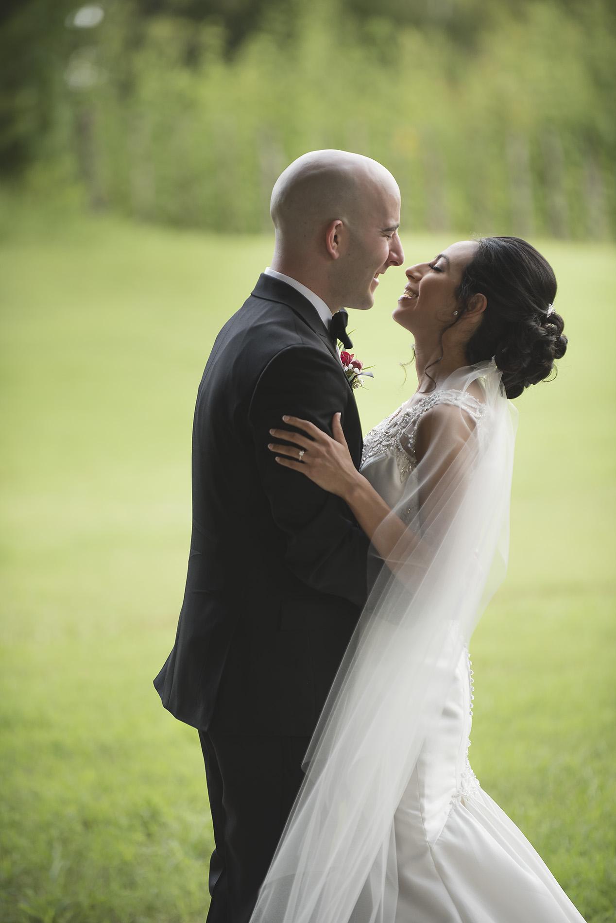 Houston-venue-Olde-Dobbin-Station-Romantic-Classic-Wedding-Photographer-027.jpg