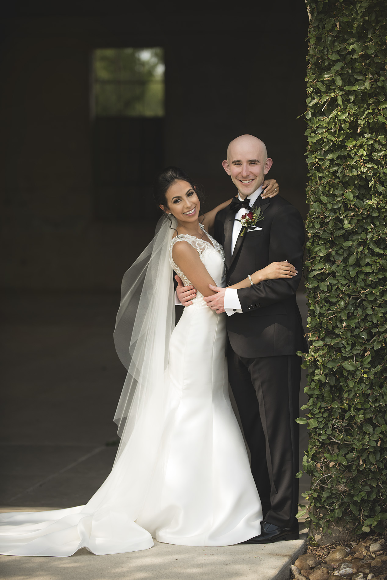 Houston-venue-Olde-Dobbin-Station-Romantic-Classic-Wedding-Photographer-033.jpg