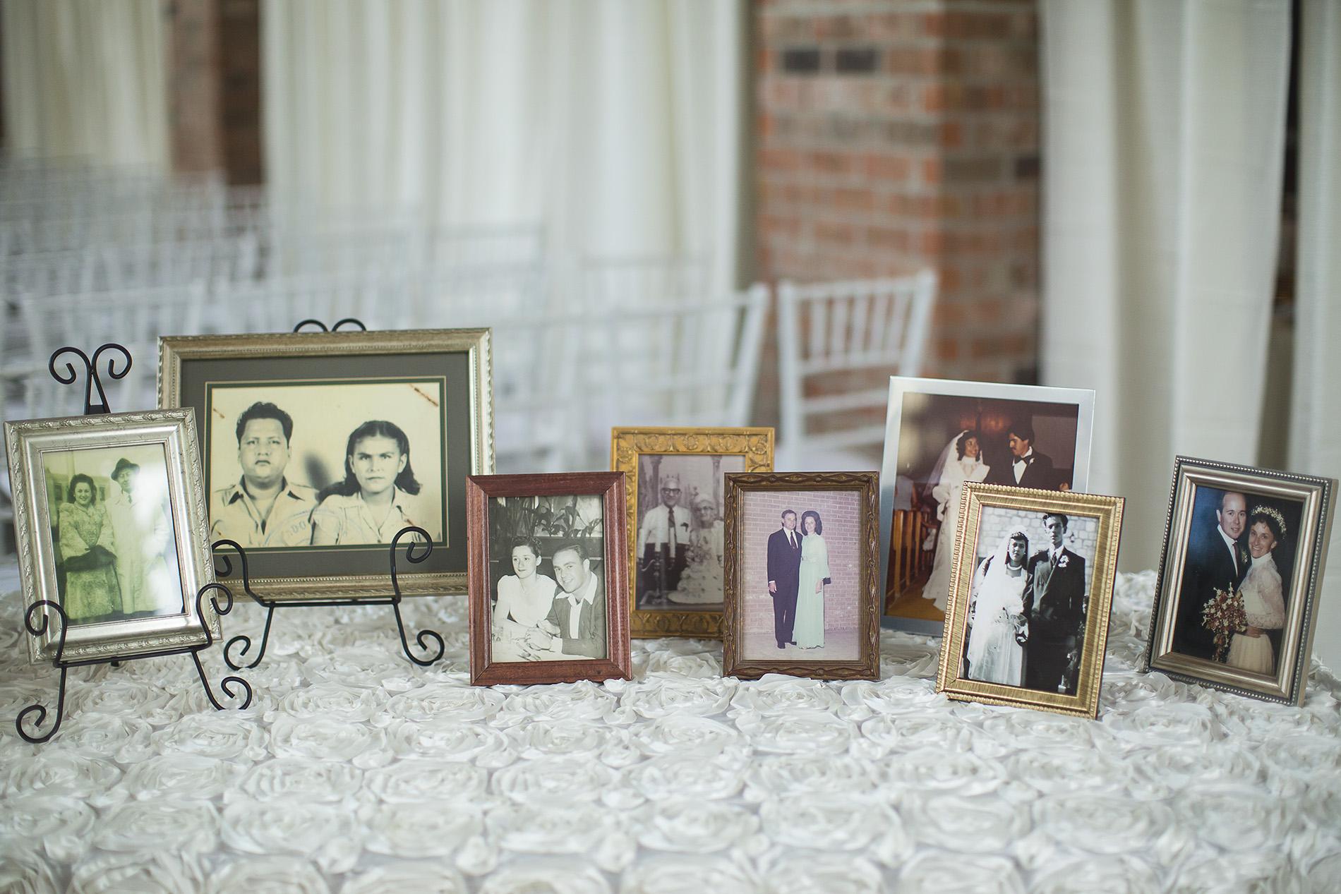 Houston-venue-Olde-Dobbin-Station-Romantic-Classic-Wedding-Photographer-041.jpg