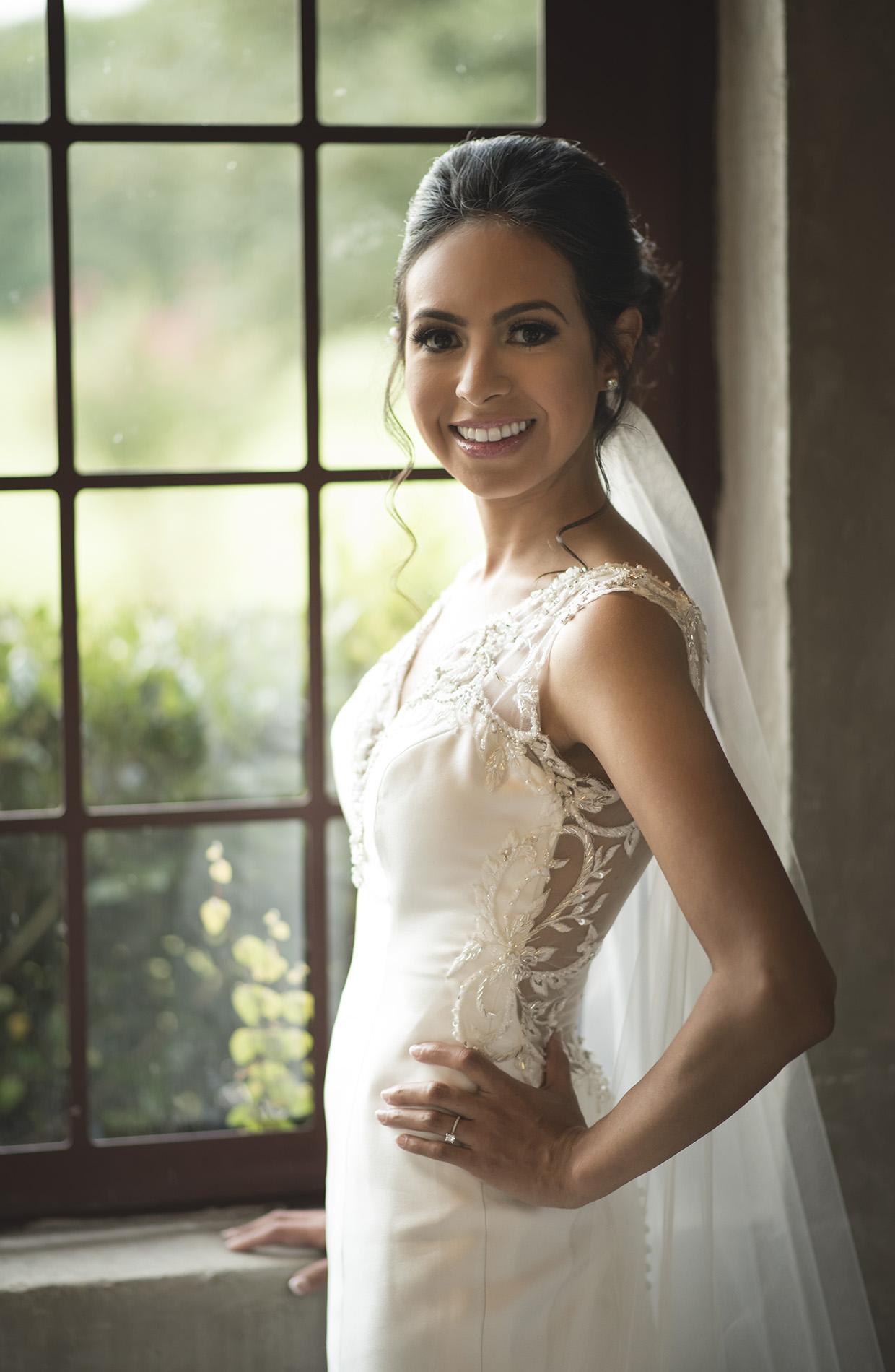 Houston-venue-Olde-Dobbin-Station-Romantic-Classic-Wedding-Photographer-046.jpg