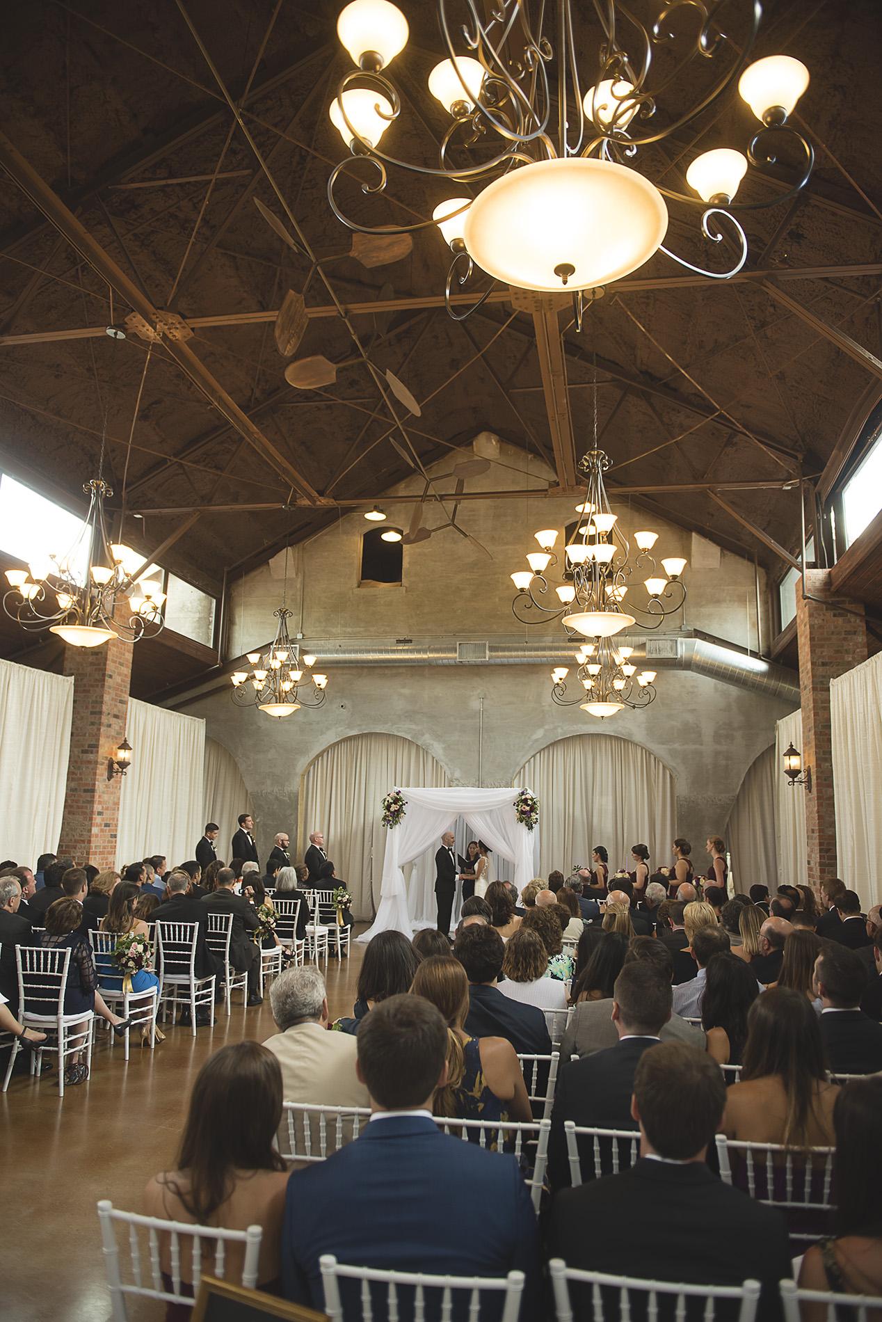Houston-venue-Olde-Dobbin-Station-Romantic-Classic-Wedding-Photographer-061.jpg
