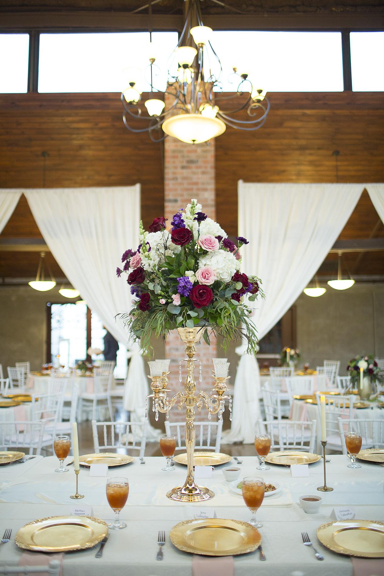 Houston-venue-Olde-Dobbin-Station-Romantic-Classic-Wedding-Photographer-076.jpg