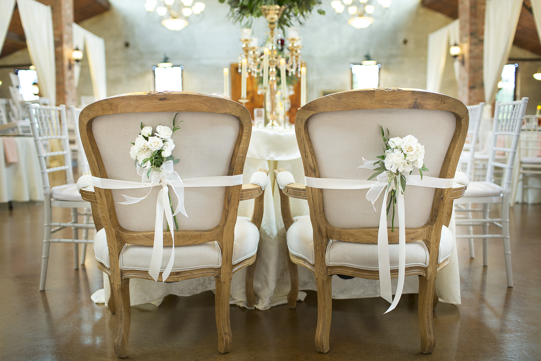 Houston-venue-Olde-Dobbin-Station-Romantic-Classic-Wedding-Photographer-075.jpg