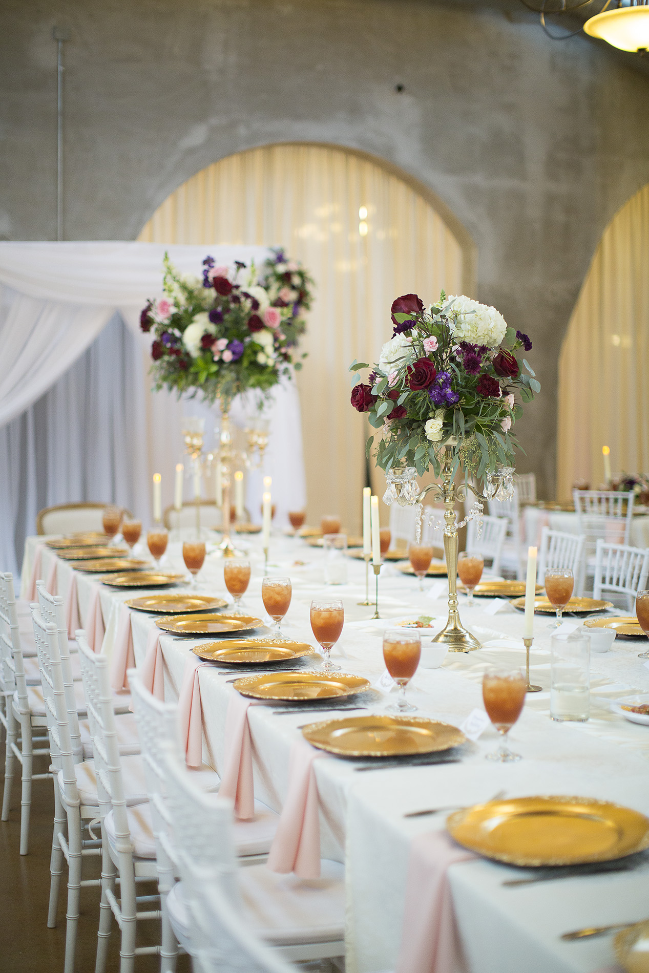 Houston-venue-Olde-Dobbin-Station-Romantic-Classic-Wedding-Photographer-080.jpg